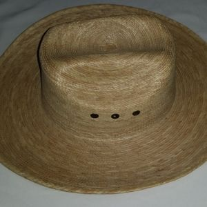 Atwood Cowboy Straw Hat 6 5/8 Hereford Low Crown